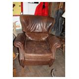 BROWN LEATHER WINGBACK RECLINER