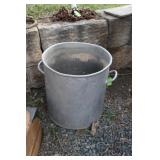 LARGE STAINLESS STEELSTOCK POT