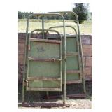 POWDER RIVER PALPATION CAGE