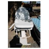 LIKE NEW BEAUTICIANS CHAIR