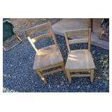 LOT OF TWO WOOD CHILDRENS CHAIRS