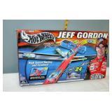 Nascar #24 Jeff Gordon Hot Wheels Race Track