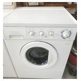 Frigidaire front load washer, works good