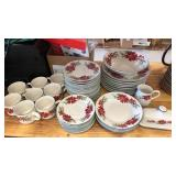 47 piece Totally Today dish set