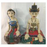 India couple statues