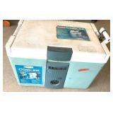 Rubbermaid Thermoelectric cooler warmer plus