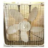 Electric box fan-inspect