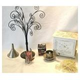 Home and office supplies and décor