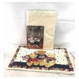 Lace table set and 4x place mats