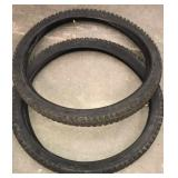 Bike tires w tubes