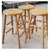 3x bar stools