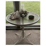 Retro Cast Iron Table Round/White