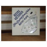 Royal Victoria Buffet Plate Petite (NEW)
