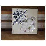 Royal Victoria Buffet Plate Vineyard (NEW)