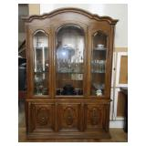 Vintage Thomasville Lighted China Cabinet and