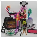 Monster High & Vampirina Mixed Toy Lot