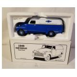 1st Gear 1:34 Scale Model 1949 Chevrolet Panel Tru