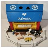 Wooden Playskool Lock-Up Barn w Some Fencing and A