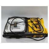 DeWalt DC022 work light charger with 2 battery cha
