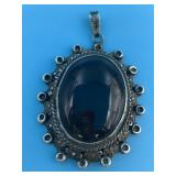 Sterling silver and glass pendent             (P 2