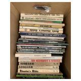 Box lot gun books, hunting books       (P 59)(S2)