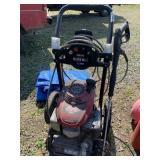 Black Max 2600 psi gasoline power washer w/Honda o