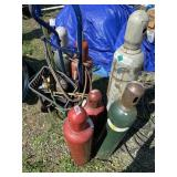 Torch cutting-welding set with extra tanks on heav