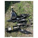 Large set of car jacks and stand jack    (P 79)(Y)
