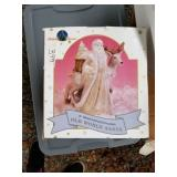 Lot with miscellaneous items: dolls with clothes a