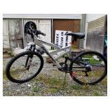 "Mountain bike, brand SUMMIT, aluminum frame 26"" ti"