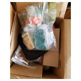 Lot with 3 boxes full of miscellaneous items: home