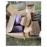 Pallet lot with miscellaneous items: books, dolls,