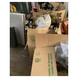 Lot with 3 boxes full of miscellaneous items: elec