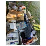 Large lot with miscellaneous items: wooden jewelry