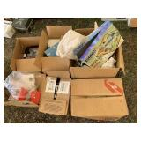 Large lot with miscellaneous items: doll accessori
