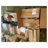 Large lot with dolls, baskets, dolls in boxes and