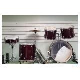 Evans brand 5 piece drum set, symbols are Zildjian