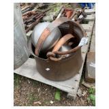 Lot with heavy duty brass bucket with copper belt-