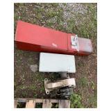 Lot of 3: Marine hoist winch, PRIMUS 2099 gas comp