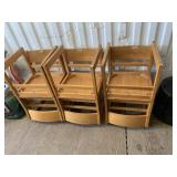 Lot with solid wood 6 piece chair matching set, in