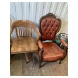 Lot with 2 pieces of furniture: 1 is a vintage sol