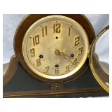 Beautiful American Newhaven mantle clock, has West