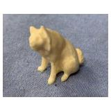 """Carved ivory husky 1.5"""" tall  fabulous carving  p1"""