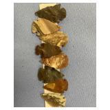 Lot of 8 reproduction flint arrowheads         (M