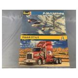 Lot of 2 models Peterbilt 377A truck 1:24 and a P3