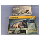 Lot of 2 models F100D Super Saber 1:48, cargo trai