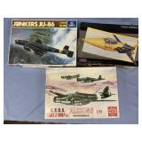 Lot of 3 models CRDA Aicalone 1:72,  F104G 1:48, J