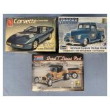 Lot of 3 models Chevy Corvette Convertible 1:25, 1