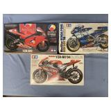 Lot of 3 models 1998 Honda NSR500 1:12, 2004 Yamah