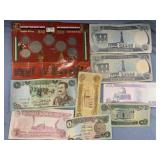 Lot with coins and paper currency from Iraq      (